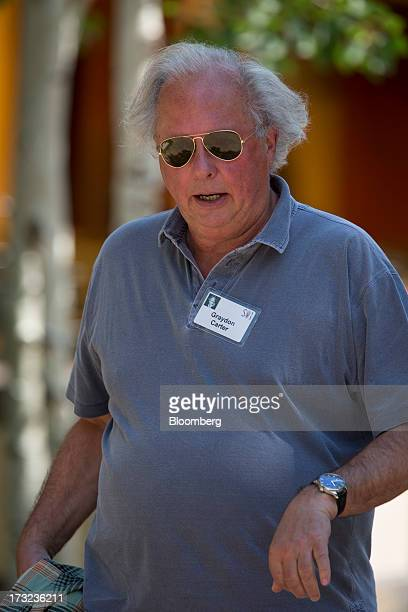 Graydon Carter editor of Vanity Fair walks the grounds at the Allen Co Media and Technology Conference in Sun Valley Idaho US on Wednesday July 10...