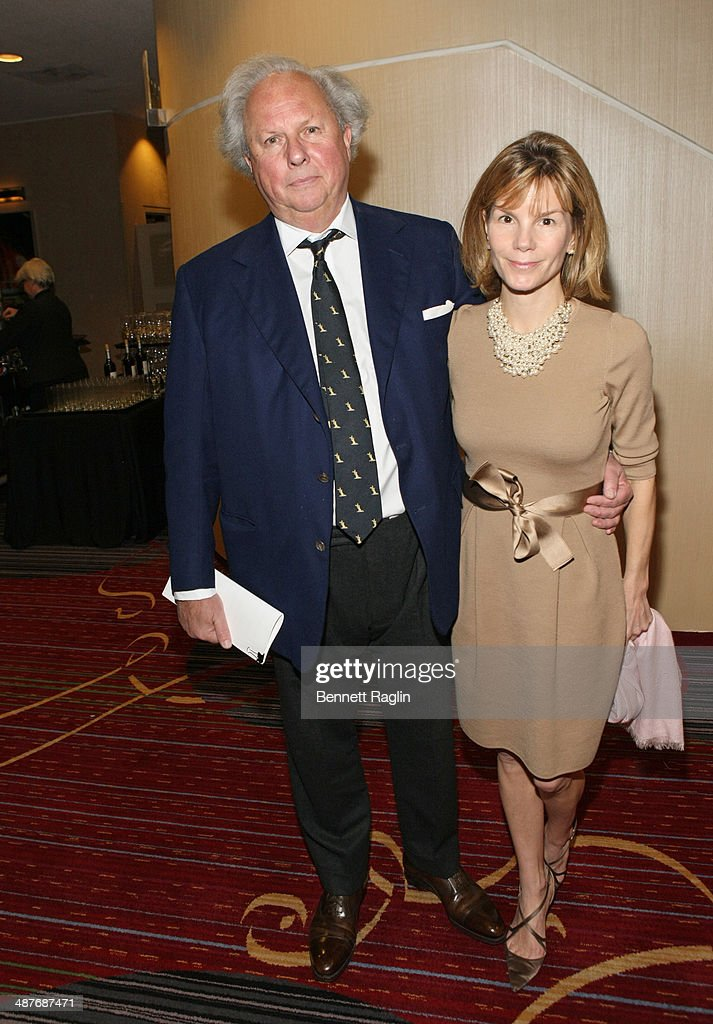 <a gi-track='captionPersonalityLinkClicked' href=/galleries/search?phrase=Graydon+Carter&family=editorial&specificpeople=605905 ng-click='$event.stopPropagation()'>Graydon Carter</a> of Vanity Fair and Anna Scott attend the 2014 National Magazine Awards at The New York Marriott Marquis on May 1, 2014 in New York City.