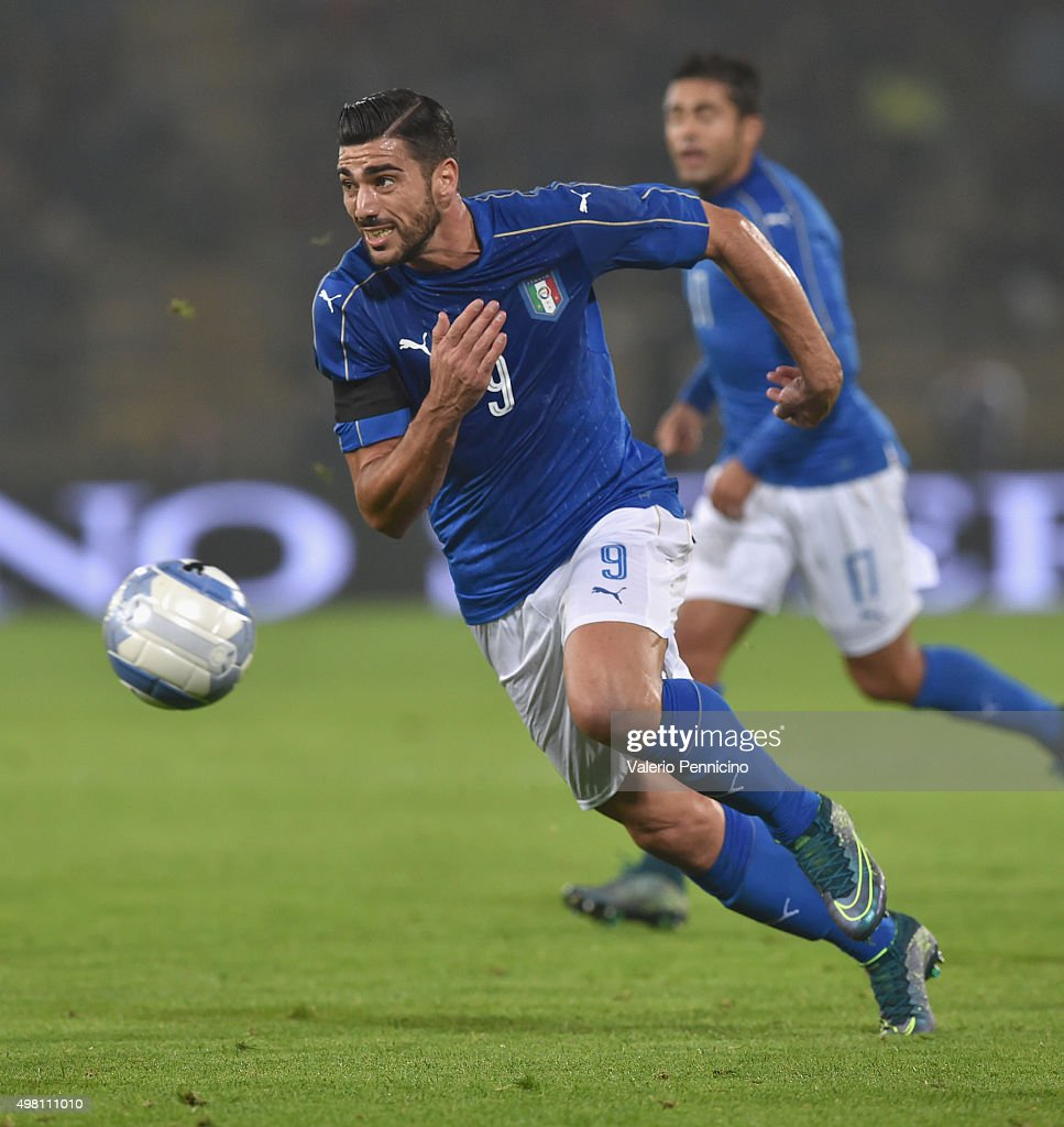 <a gi-track='captionPersonalityLinkClicked' href=/galleries/search?phrase=Graziano+Pelle&family=editorial&specificpeople=2333390 ng-click='$event.stopPropagation()'>Graziano Pelle</a> of Italy in action during the international friendly match between Italy and Romania at Stadio Renato Dall'Ara on November 17, 2015 in Bologna, Italy.