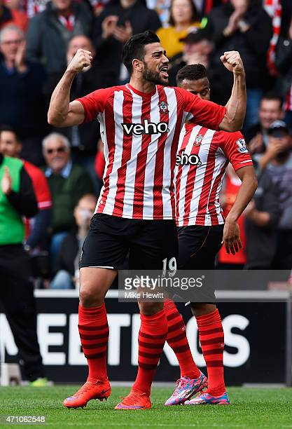 Graziano Pelle of Southampton celebrates scoring the opening goal during the Barclays Premier League match between Southampton and Tottenham Hotspur...