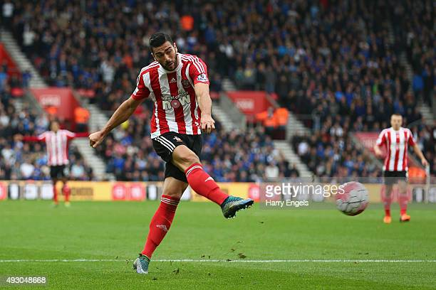 Graziano Pelle of Southampton shoots at goal during the Barclays Premier League match between Southampton and Leicester City at St Mary's Stadium on...