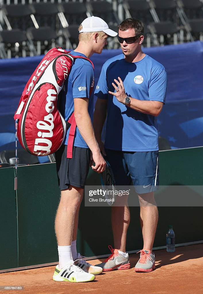 Great Britain captain <a gi-track='captionPersonalityLinkClicked' href=/galleries/search?phrase=Leon+Smith+-+Tennis+Coach&family=editorial&specificpeople=12698515 ng-click='$event.stopPropagation()'>Leon Smith</a> talks with <a gi-track='captionPersonalityLinkClicked' href=/galleries/search?phrase=Kyle+Edmund&family=editorial&specificpeople=7070090 ng-click='$event.stopPropagation()'>Kyle Edmund</a> after a practice session prior to the Davis Cup World Group first round between the U.S. and Great Britain at PETCO Park on January 29, 2014 in San Diego, California.