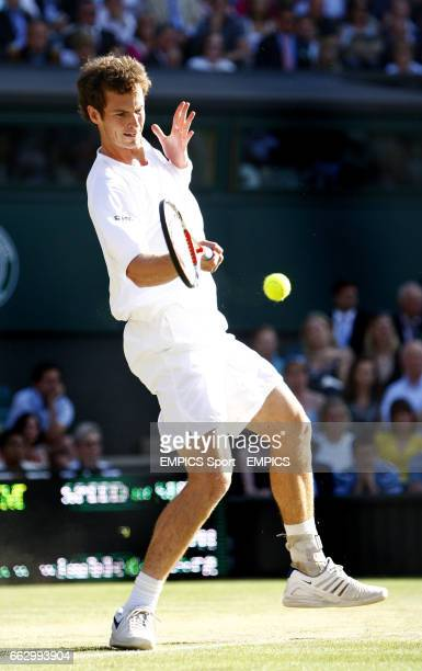 Great Britain's Andy Murray in action against France's Richard Gasquet