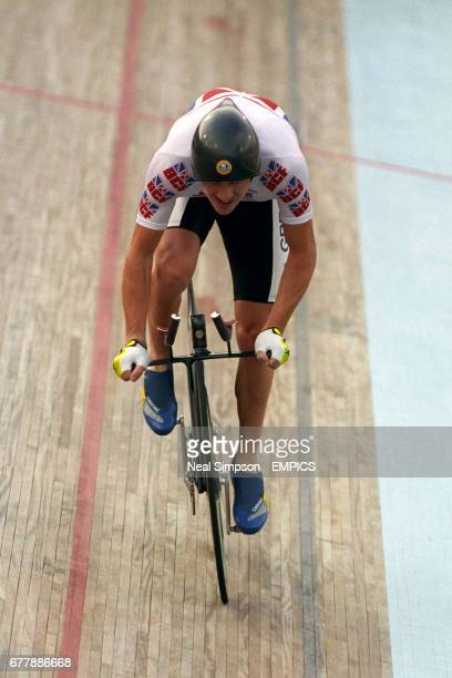 Great Britain's Chris Boardman on his new Lotus 108 bike 'the uniaxle'engineered by Lotus in action on his way to winning the gold medal