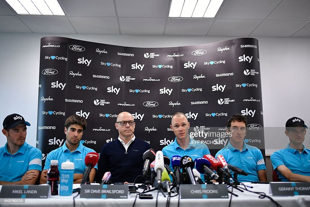 Great Britain's Luke Rowe, Spain's Mikel Landa, Sky cycling team manager Sir Dave Brailsford, Great Britain's Christopher Froome, Great Britain's Geraint Thomas and Belarus' Vasil Kiryienka take part in a press conference of the Sky cycling team at their hotel in Port-en-Bessin-Huppain, Normandy, on July 30, 2016, two days before the start of the 103rd edition of the Tour de France cycling race. The 2016 Tour de France will start on July 2 in the streets of Le Mont-Saint-Michel and ends on July 24, 2016 down the Champs-Elysees in Paris. The 2016 Tour de France will start on July 2 in the streets of Le Mont-Saint-Michel and ends on July24, 2016 down the Champs-Elysees in Paris. / AFP / jeff pachoud