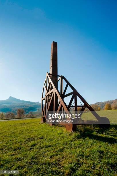 Great Obelisk By Arnaldo Pomodoro Pietrarubbia Montefeltro