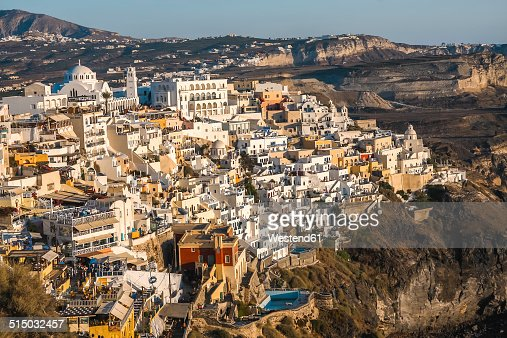Greece, Cyclades, Santorini, view to Thera at sunset