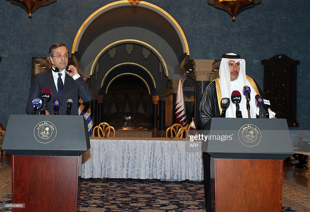 Greece's Prime Minister Antonis Samaras (L) and Qatar's Premier and Foreign Minister Sheikh Hamad bin Jassem bin Jabr al-Thani, attend a joint press conference in Doha, on January 29, 2013.