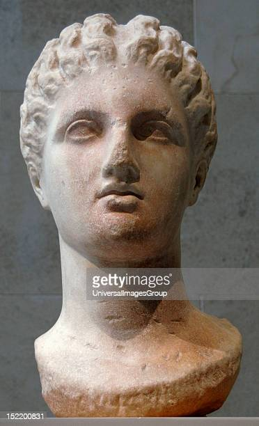 Greek art Magna Graecia Bust of a goddess Fourth century BC Marble It comes from Taranto Italy Metropolitan Museum of Art New York United States