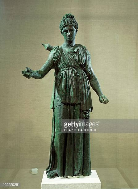 Greek civilization 4th century bC Bronze statue of Artemis