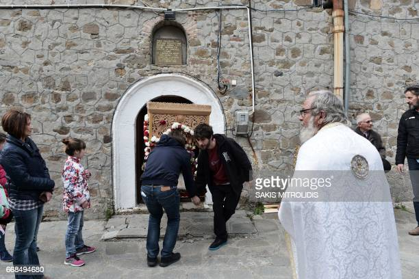 the greek orthodox church and its followers The greek orthodox church is one of  the orthodox religion has more than 174 million followers  attended a mass at saint haralambos orthodox greek church.