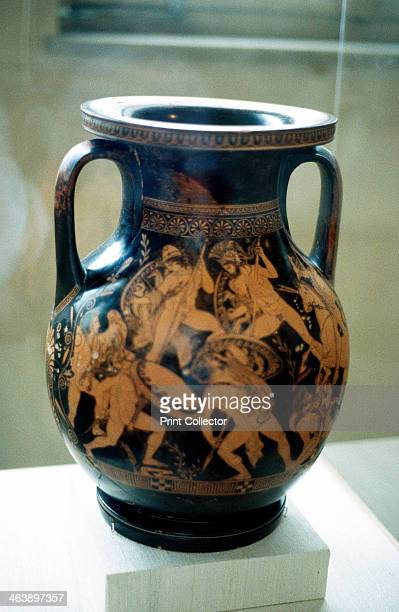 Greek vase decorated with figures of warriors fighting