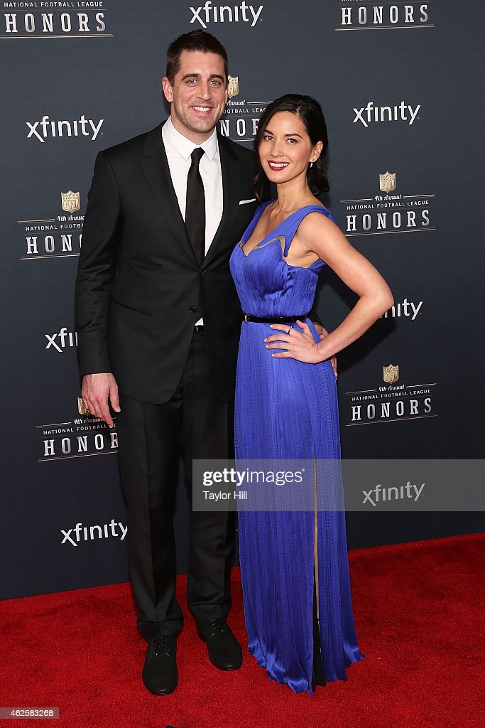 Green Bay Packers quarterback Aaron Rodgers and actress Olivia Munn attend the 2015 NFL Honors at Phoenix Convention Center on January 31 2015 in...