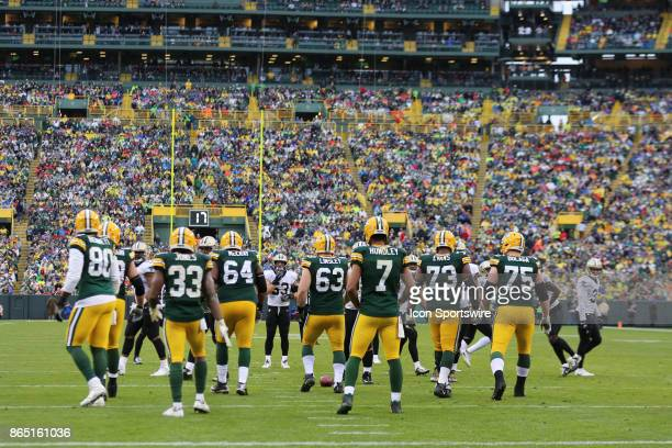Green Bay Packers quarterback Brett Hundley brings the team to the line during a game between the Green Bay Packers and the New Orleans Saints on...