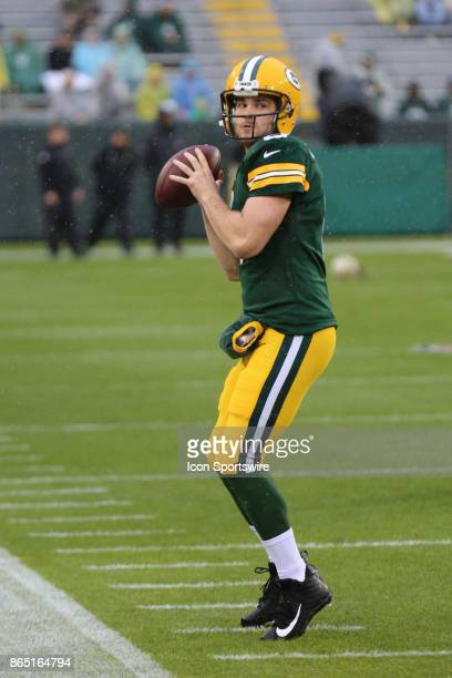 Green Bay Packers quarterback Joe Callahan warms up prior to a game between the Green Bay Packers and the New Orleans Saints on October 22 2017 at...