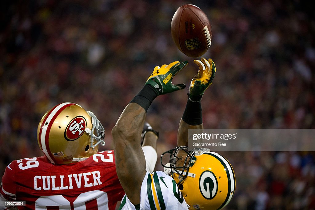 Green Bay Packers wide receiver James Jones catches an Aaron Rodgers pass for a 44 yards in the first quarter against the San Francisco 49ers in the NFC Divisional Playoff on Saturday, January 12, 2013, at Candlestick Park in San Francisco, California.
