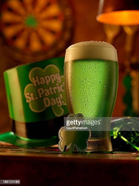 Grünes Bier
