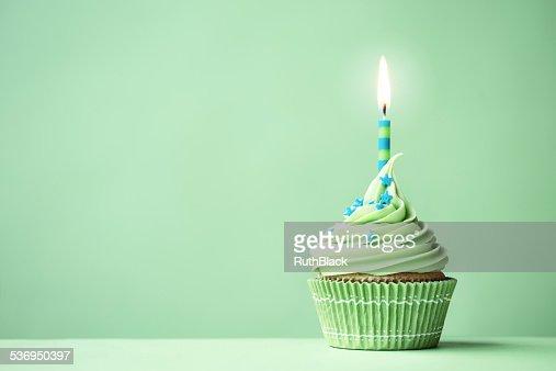 Green Geburtstag Cupcake Stock Foto Thinkstock
