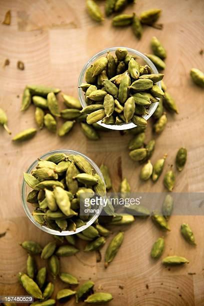 green cardamoms