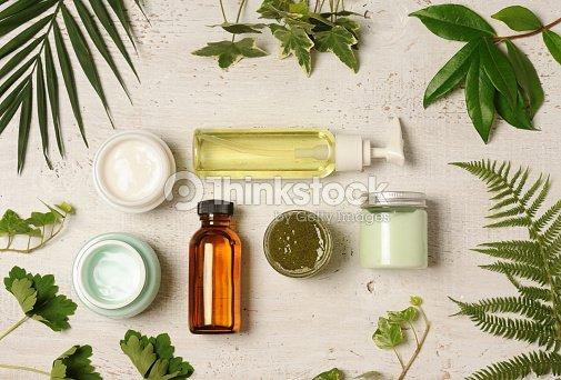 green cosmetic arrangement : Foto stock