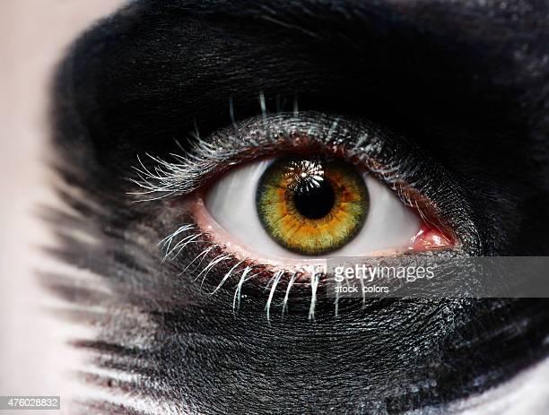 Verde ojos con maquillaje