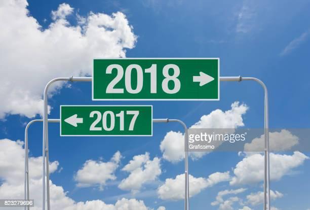 Grünen Autobahn Zeichen mit Ausgang für neue Jahr 2018