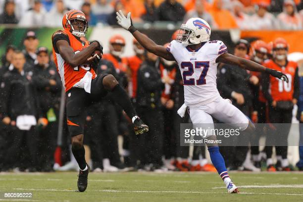 J Green of the Cincinnati Bengals makes a catch defended by Tre'Davious White of the Buffalo Bills at Paul Brown Stadium on October 8 2017 in...