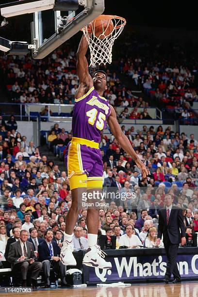 Green of the Los Angeles Lakers dunks against the Portland Trailblazers at the Veterans Memorial Coliseum in Portland Oregon circa 1992 NOTE TO USER...