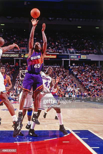 C Green of the Phoenix Suns shoots against the Sacramento Kings circa 1993 at Arco Arena in Sacramento California NOTE TO USER User expressly...