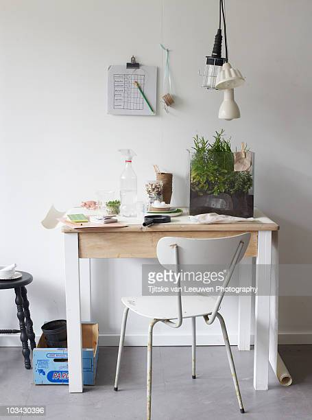 Green office, table