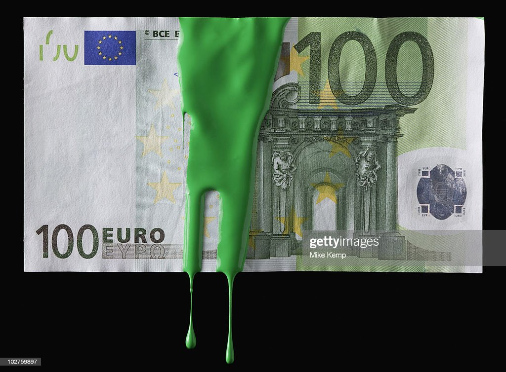 Green paint on a 100 euro bill