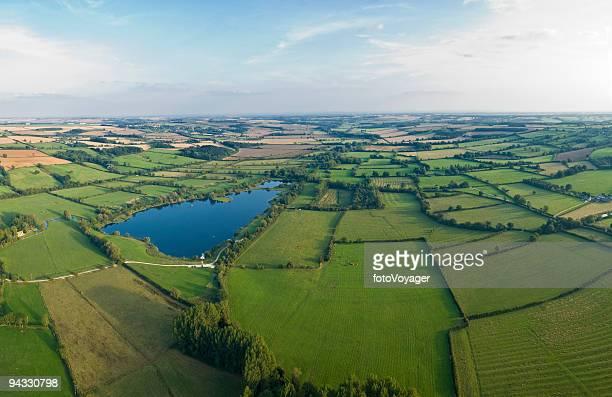 Vert pâturage, farmland, Bleu lac