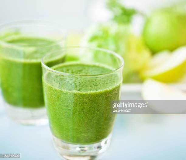 how to make a green juice smoothie