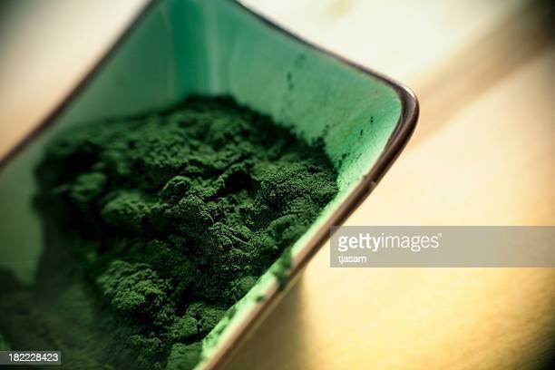 Vert de la spiruline poudre