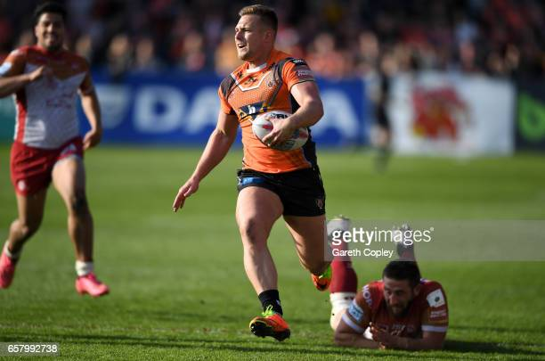 Greg Eden of Castleford runs down the wing during the Betfred Super League match between Castleford Tigers and Catalans Dragons at Wheldon Road on...