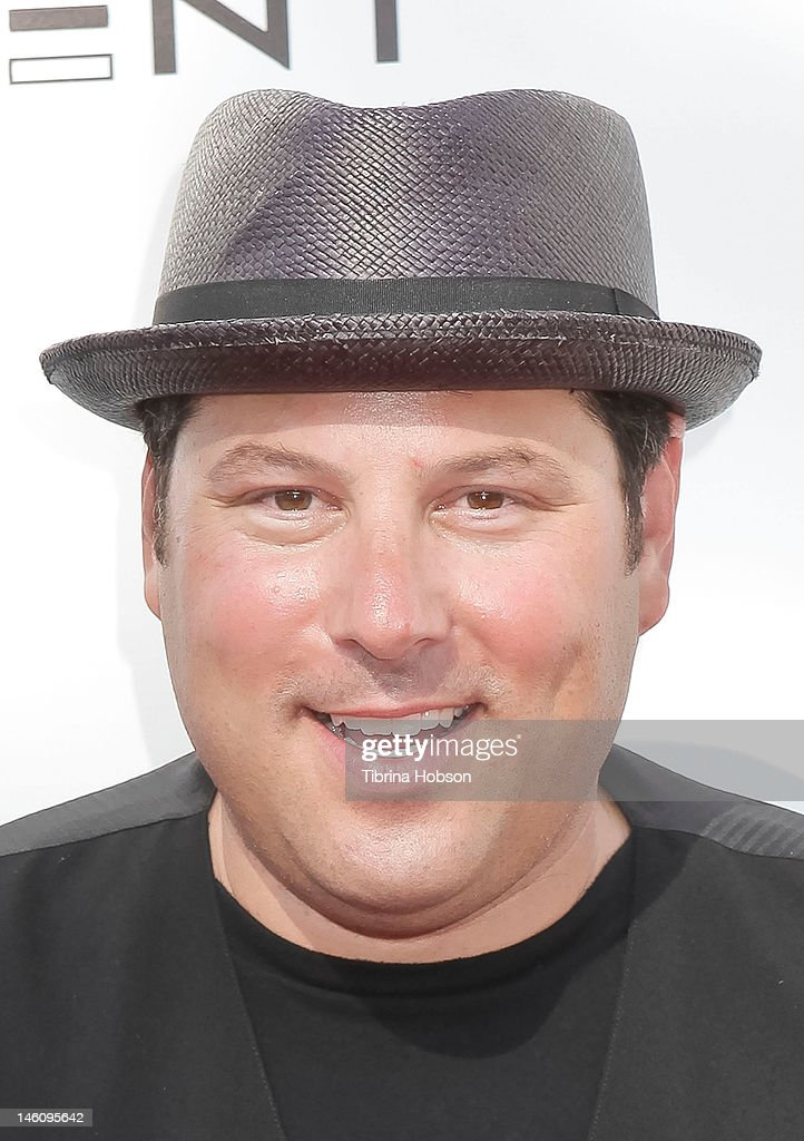 Greg Grunberg attends 1st annual T.H.E. event hosted by Chris Harrison and The Band From TV at Calabasas Tennis and Swim Center on June 9, 2012 in Calabasas, California.