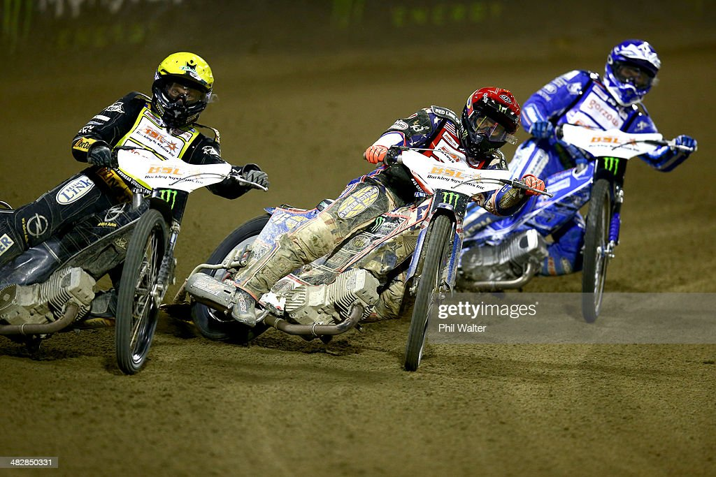 Speedway (IN) United States  city images : Greg Hancock of the United States competes in the FIM Speedway Grand ...