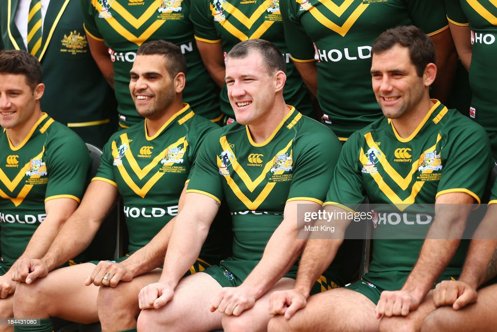Greg Inglis, Paul Gallen and Cameron Smith pose during an Australian Kangaroos Rugby League World Cup teamphoto session at Crowne Plaza, Coogee on October 14, 2013 in Sydney, Australia.
