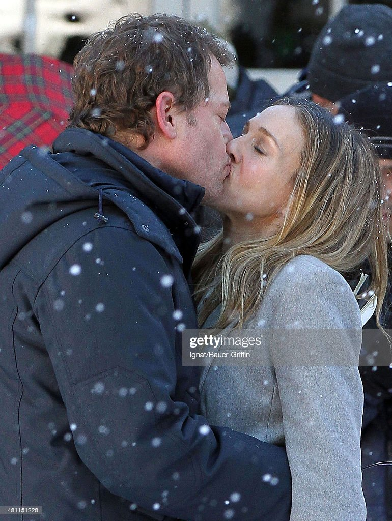 Greg Kinnear and Sarah Jessica Parker are seen on the movie set of 'I Don't Know How She Does It' on February 22 2011 in New York City