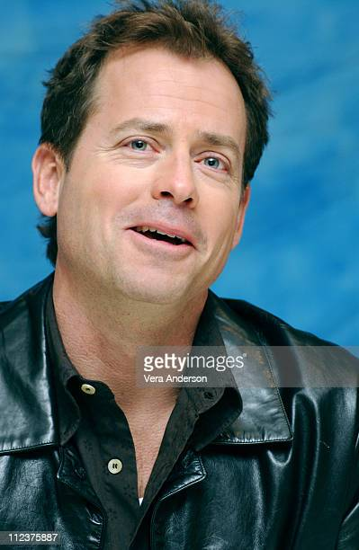 Greg Kinnear during 'Stuck On You' Press Conference with Matt Damon Cher Greg Kinnear Eva Mendes Bobby Farrelly and Peter Farrelly at Waldorf Astoria...