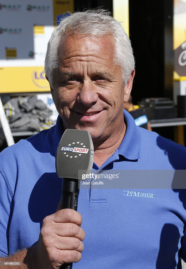 Greg Lemond comments for EuroSport stage twentieth of the 2015 Tour de France, a 110.5 km stage from Modane to Alpe D'Huez on July 25, 2015 in Alpe D'Huez, France.