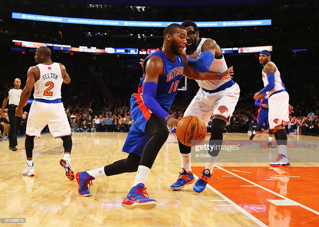 <a gi-track='captionPersonalityLinkClicked' href=/galleries/search?phrase=Greg+Monroe&family=editorial&specificpeople=5042440 ng-click='$event.stopPropagation()'>Greg Monroe</a> #10 of the Detroit Pistons dribbles against <a gi-track='captionPersonalityLinkClicked' href=/galleries/search?phrase=Amar%27e+Stoudemire&family=editorial&specificpeople=201492 ng-click='$event.stopPropagation()'>Amar'e Stoudemire</a> #1 of the New York Knicks during their game at Madison Square Garden on January 7, 2014 in New York City.