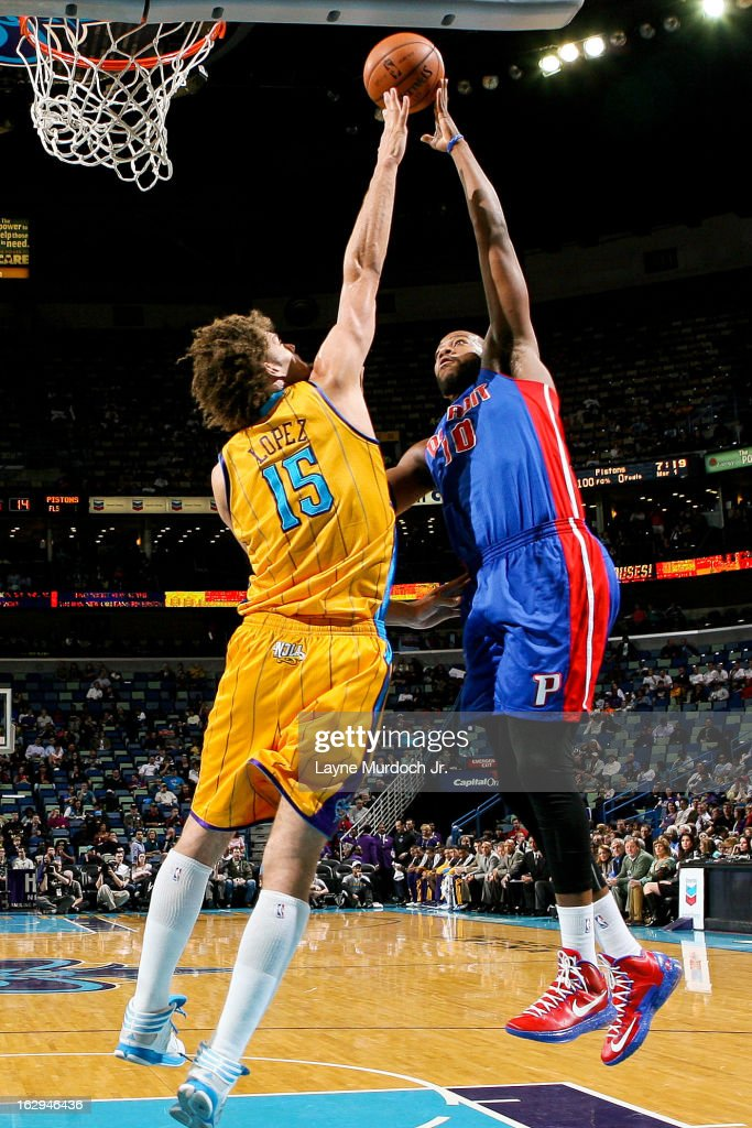 Greg Monroe #10 of the Detroit Pistons shoots in the lane against Robin Lopez #15 of the New Orleans Hornets on March 1, 2013 at the New Orleans Arena in New Orleans, Louisiana.
