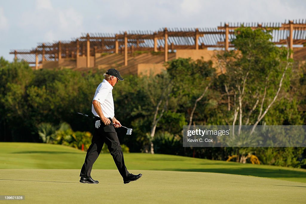 <a gi-track='captionPersonalityLinkClicked' href=/galleries/search?phrase=Greg+Norman&family=editorial&specificpeople=201538 ng-click='$event.stopPropagation()'>Greg Norman</a> of Australia walks the 17th green during the first round of the Mayakoba Golf Classic at Riviera Maya-Cancún held at El Camaleon Golf Club at Mayakoba on February 23, 2012 in Playa del Carmen, Mexico.