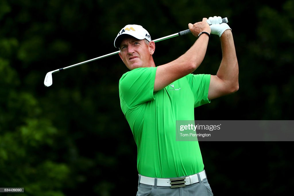 <a gi-track='captionPersonalityLinkClicked' href=/galleries/search?phrase=Greg+Owen&family=editorial&specificpeople=214705 ng-click='$event.stopPropagation()'>Greg Owen</a> of England plays his shot from the eighth tee during the First Round of the DEAN & DELUCA Invitational at Colonial Country Club on May 26, 2016 in Fort Worth, Texas.