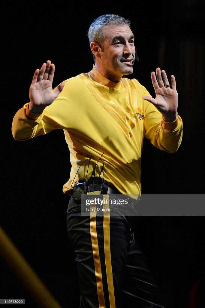 <a gi-track='captionPersonalityLinkClicked' href=/galleries/search?phrase=Greg+Page&family=editorial&specificpeople=730956 ng-click='$event.stopPropagation()'>Greg Page</a> of The Wiggles performs at Fillmore Miami Beach on August 3, 2012 in Miami Beach, Florida.