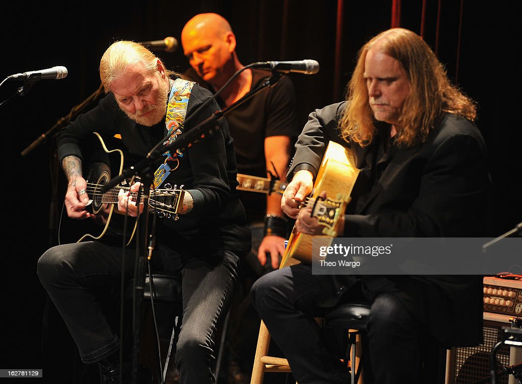 <a gi-track='captionPersonalityLinkClicked' href=/galleries/search?phrase=Gregg+Allman&family=editorial&specificpeople=741073 ng-click='$event.stopPropagation()'>Gregg Allman</a> and <a gi-track='captionPersonalityLinkClicked' href=/galleries/search?phrase=Warren+Haynes&family=editorial&specificpeople=220730 ng-click='$event.stopPropagation()'>Warren Haynes</a> perform during All For The Hall New York Benefiting The Country Music Hall Of Fame at Best Buy Theater on February 26, 2013 in New York City.