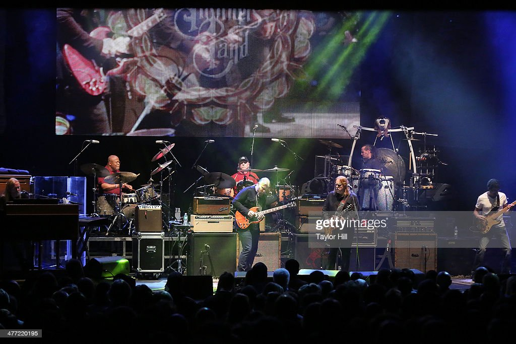 Gregg Allman, Jaimoe, Butch Trucks, Derek Trucks, Warren Haynes, Marc Quinones, and Oteil Burbridge of The Allman Brohers Band perform in concert at Beacon Theatre on March 7, 2014 in New York City.