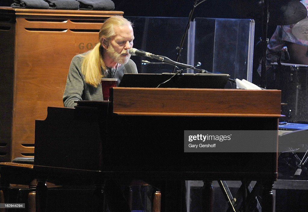 <a gi-track='captionPersonalityLinkClicked' href=/galleries/search?phrase=Gregg+Allman&family=editorial&specificpeople=741073 ng-click='$event.stopPropagation()'>Gregg Allman</a> of The Allman Brothers band performs at the Beacon Theatre on March 1, 2013 in New York City.