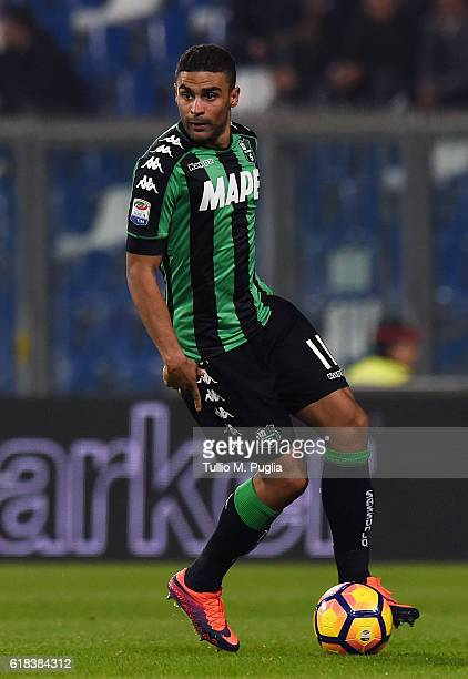 Gregoire Defrel of Sassuolo in action during the Serie A match between US Sassuolo and AS Roma at Mapei Stadium Citta' del Tricolore on October 26...
